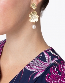 Megan Park - Duo Sigrid Gold and Pearl Drop Earring