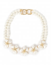 White Flower and Crystal Flowers Pearl Necklace