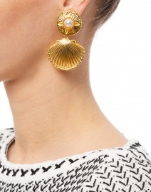 Kenneth Jay Lane - Gold Shell Drop Earrings