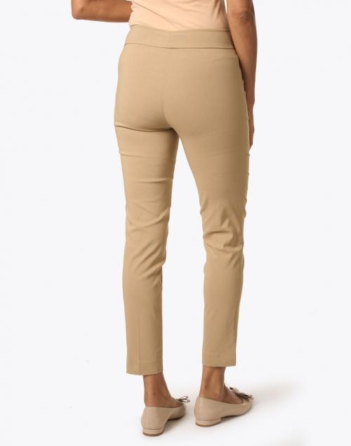 Avenue Montaigne - Pars Camel Signature Stretch Pull-On Pant
