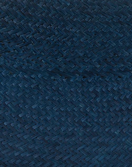 Kayu - Jen Navy Straw Clutch