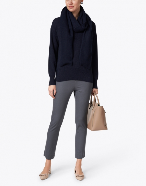 White + Warren - Deep Navy Cashmere Mini Travel Wrap