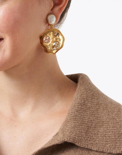 Oscar de la Renta - Gold Bezel Set Stone and Metal Disk Earrings