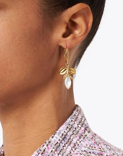 Oscar de la Renta - Mother of Pearl Flower Drop Pave Encrusted Earring