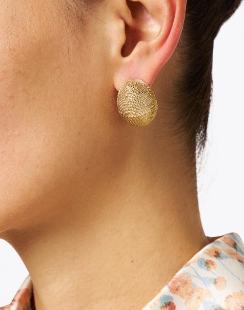 Oscar de la Renta - Gold Textured Round Earring