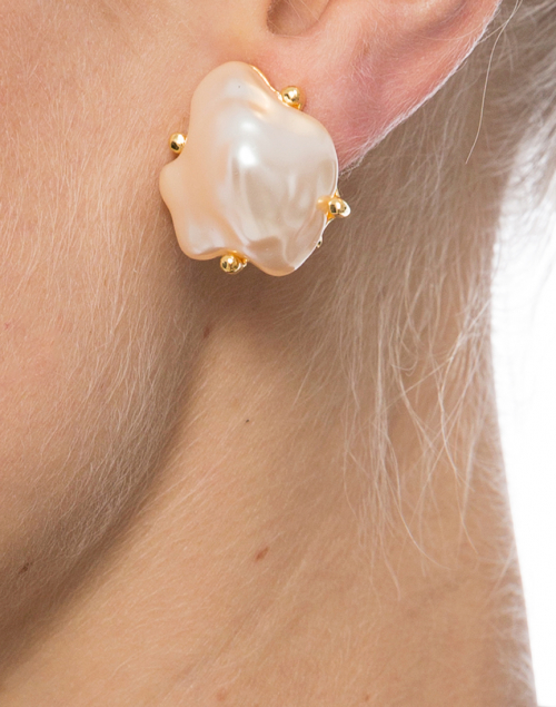 Kenneth Jay Lane - Pearl Clip Earrings